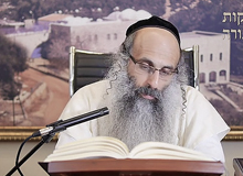 Rabbi Yossef Shubeli - lectures - torah lesson - Chabad on Parshat: Tazria - Monday ´74 - Parashat Tazria, Two Minutes Chabad, Chabad, Rabbi Menachem Mendel Schneerson, Rabbi Yossef Shubeli, Weekly Parasha, Parshat Shavua