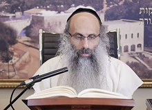 Rabbi Yossef Shubeli - lectures - torah lesson - Chabad on Parshat: Tazria - Wednesday ´74 - Parashat Tazria, Two Minutes Chabad, Chabad, Rabbi Menachem Mendel Schneerson, Rabbi Yossef Shubeli, Weekly Parasha, Parshat Shavua