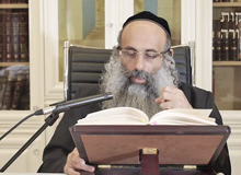 Rabbi Yossef Shubeli - lectures - torah lesson - Chabad on Parshat: Reeh - Tuesday ´74 - Parashat Reeh, Two Minutes Chabad, Chabad, Rabbi Menachem Mendel Schneerson, Rabbi Yossef Shubeli, Weekly Parasha, Parshat Shavua