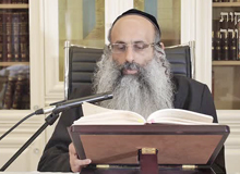 Rabbi Yossef Shubeli - lectures - torah lesson - Chabad on Parshat: Reeh - Friday ´74 - Parashat Reeh, Two Minutes Chabad, Chabad, Rabbi Menachem Mendel Schneerson, Rabbi Yossef Shubeli, Weekly Parasha, Parshat Shavua